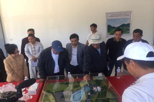 หัวหน้ารัฐมนตรี และรัฐมนตรีกระทรวงต่างๆ ของรัฐฉาน สาธารณรัฐแห่งสหภาพเมียนมาร์ พร้อมคณะ เข้าเยี่ยมชมโครงการโรงไฟฟ้า 20 MW